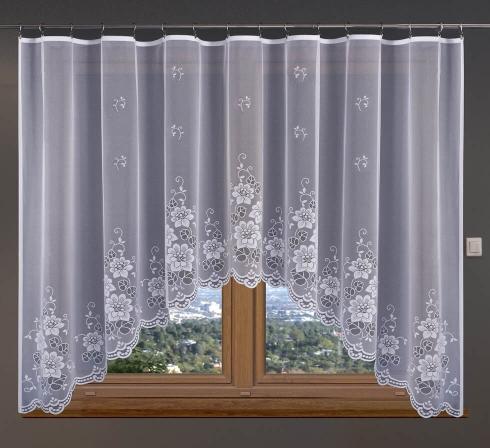 Hotová oblúková záclona žakárového typu