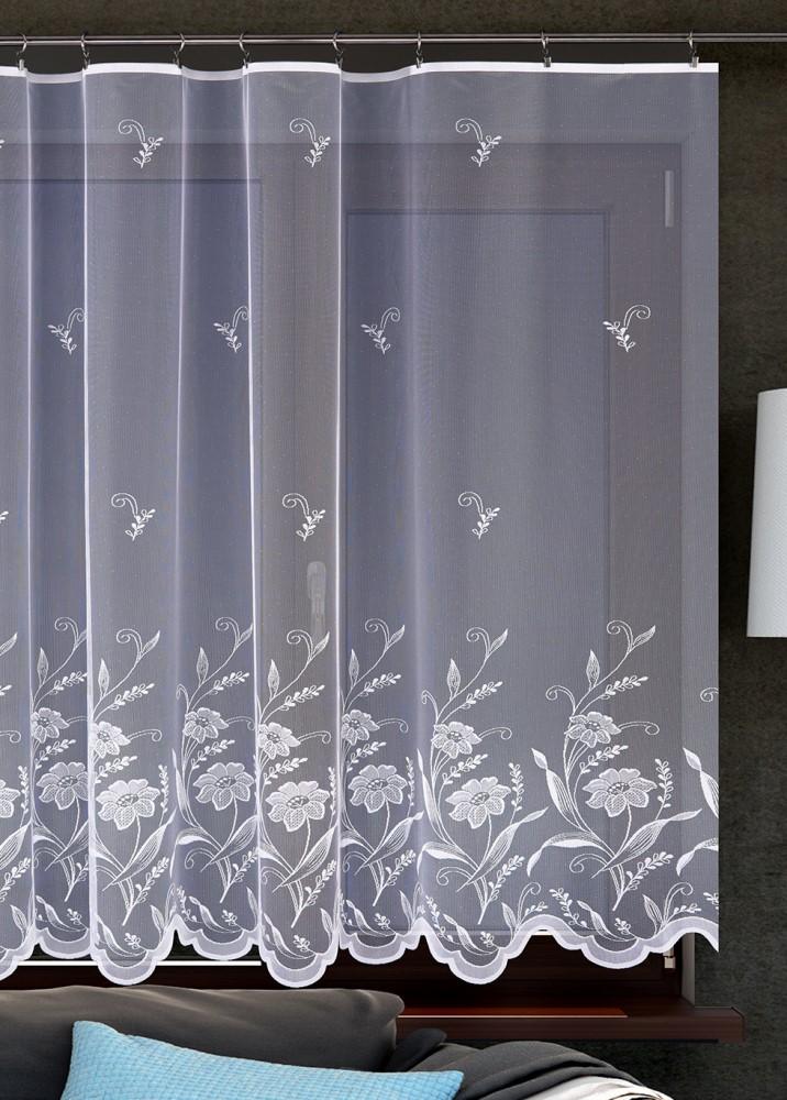 Metrážová žakarová záclona M102 - Květinový motiv