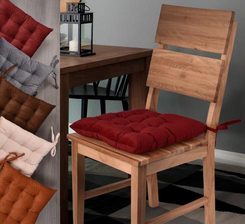 Prešívané podušky na stoličky